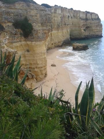 Vista de una cala del Algarve