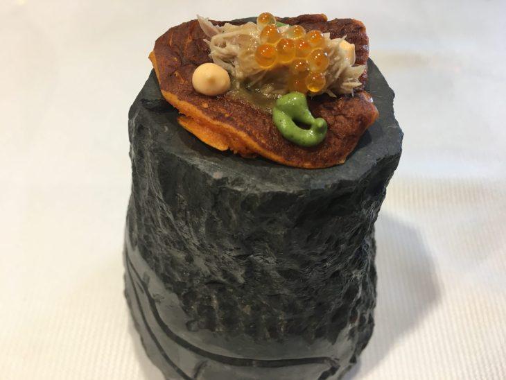 Blinis de pimentón con codorniz escabechada