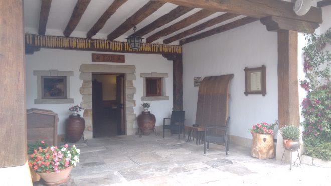Entrada del caserio