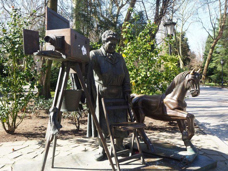 """Estatua de """"La Torera"""" de Oviedo"""