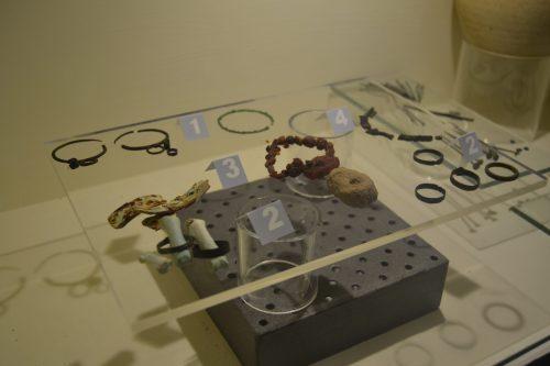 Sortijas y collares romanos