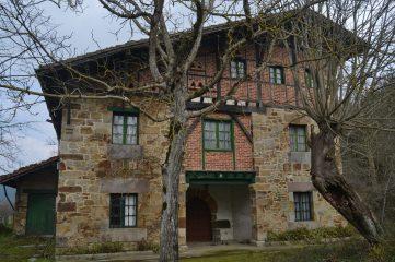 Caserio Etxezarra