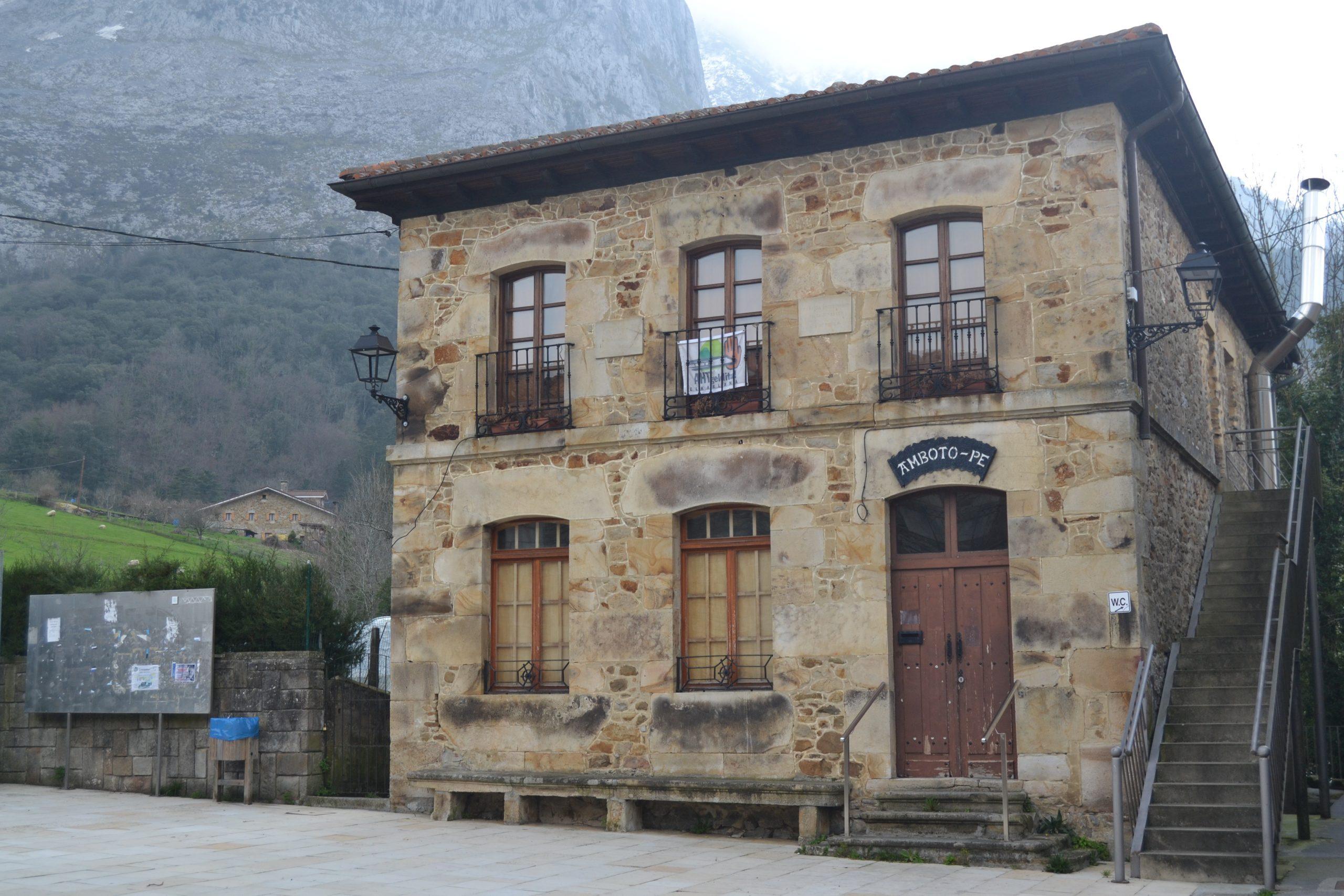 Escuelas de Arrazola