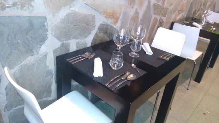 Mesa del comedor de Urtza Taberna
