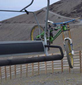 Bicicleta en el telesilla