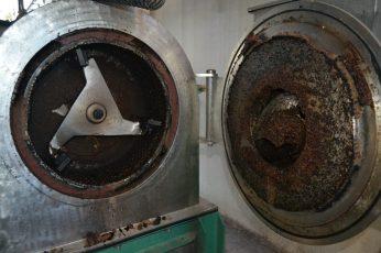 Interior de máquina de molturar aceitunas