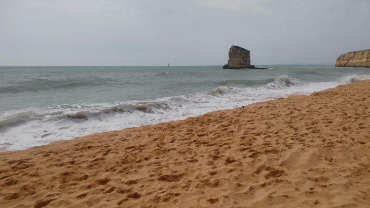 Praia dos Caneiros