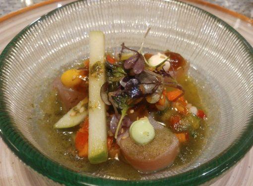 Bonito marinado con teriyaky de cítricos y vinagreta de algas