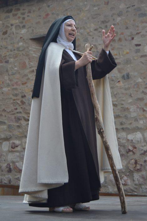 Candelas Pérez en el papel de Santa Teresa
