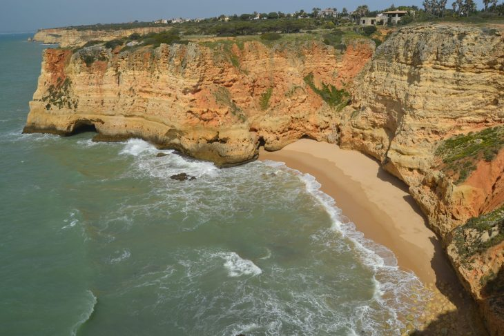 Playa natural del Algarve