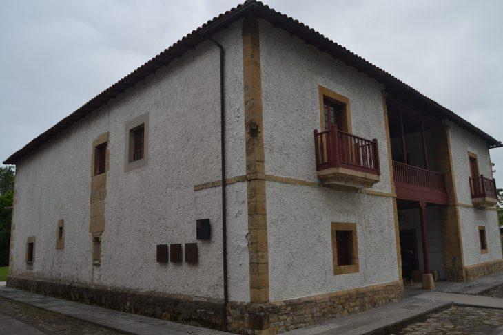 Casa de los González de la Vega