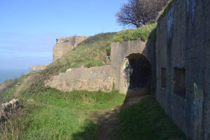 Entrada principal del bunker de Gorliz