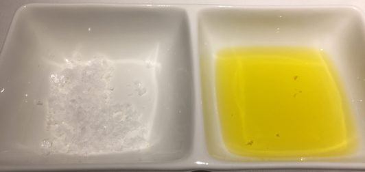 AOVE y escamas de sal