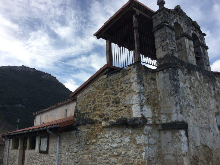 Iglesia de San Andrés de Cadagua