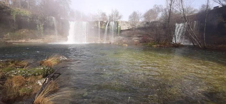 Nacimiento y Cascada del río Jerea en Las Merindades
