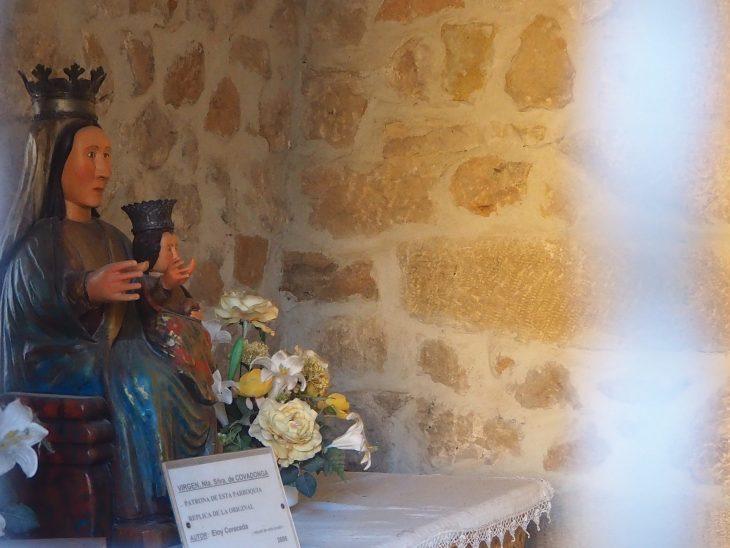Réplica de la talla de la Virgen de Covadonga de Cillaperlata