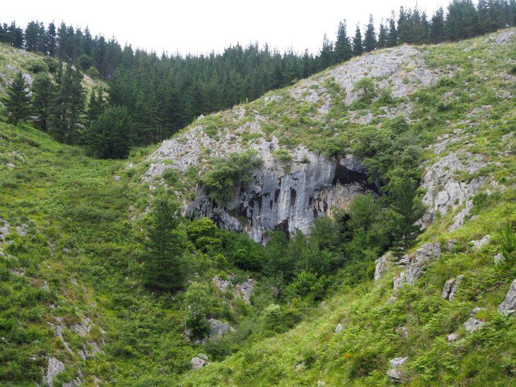 Entrada de Gibiltar de las Cuevas de Baltzola