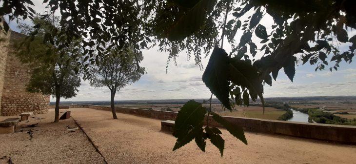 Paseo del Espolón y Alcázar de Toro