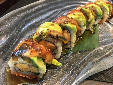 Uramaki de foie y anguila