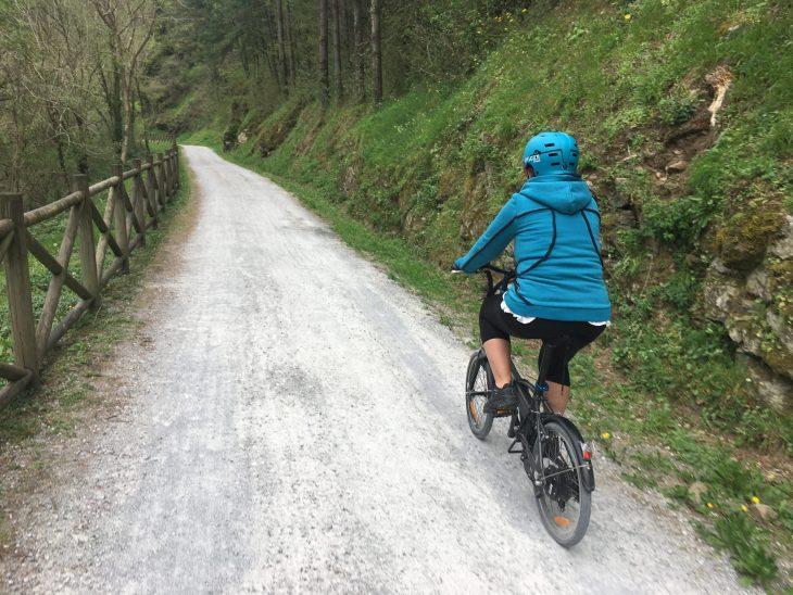 Vía Verde del Urola en bicicleta