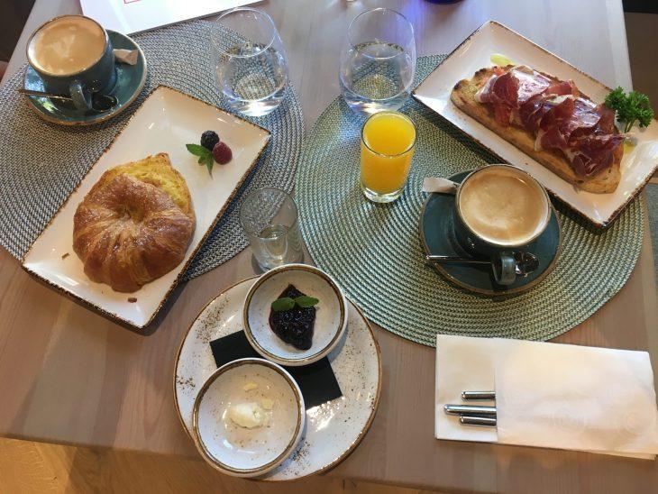 Desayuno en el Hotel Sofraga Palacio