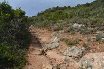 Camino ascendente de la costa del Algarve