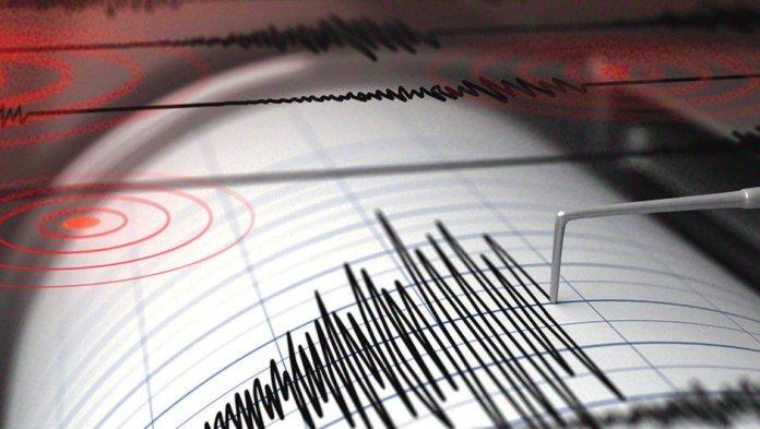 Maraş'ta deprem paniği