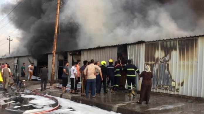 Hewlêr'de pazar yerinde yangın: 300 dükkan yandı