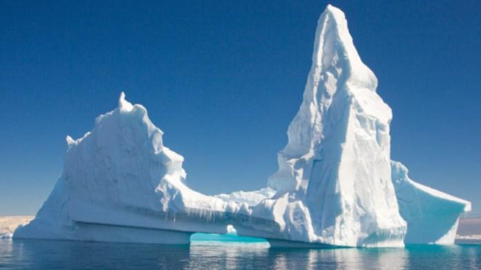 25 yılda 28 trilyon ton buzul erimesi