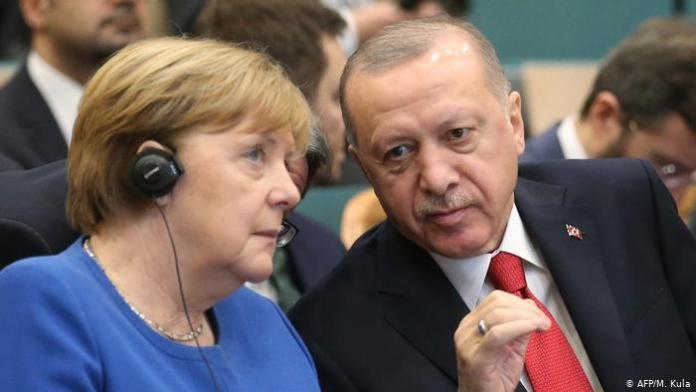 Erdoğan Merkel'e teşekkür etti