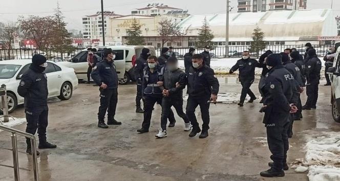 Elbistan'da 7 hırsızlık şüphelisi tutuklandı