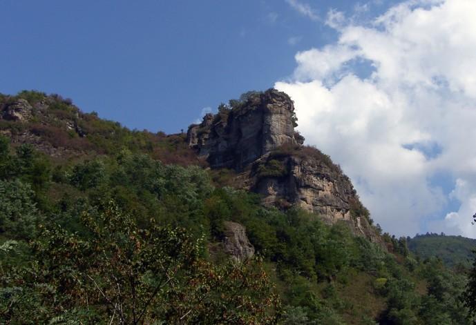 Tarihi Asar Kayaları'na HES projesi tehdidi