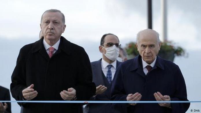 """Adar: """"Türkiye'de iktidarı bırakmamaya kararlı bir yönetim var"""""""