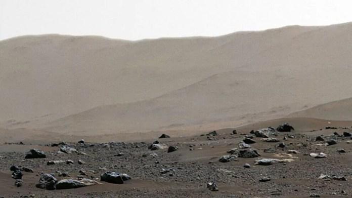 NASA'dan panoramik Mars fotoğrafı
