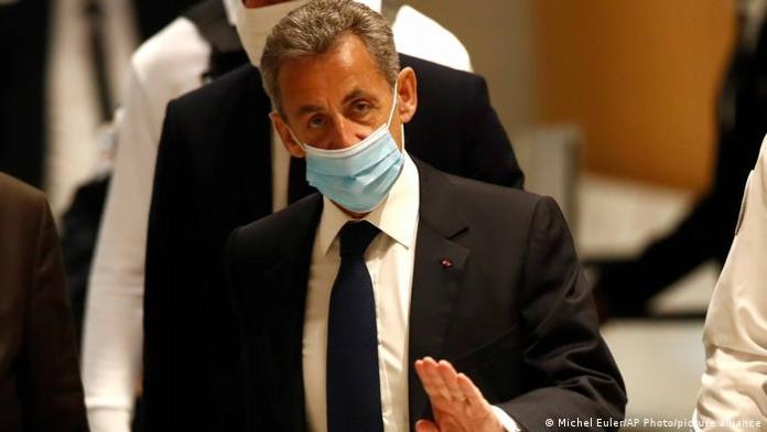 Sarkozy hapis cezasına çarptırıldı
