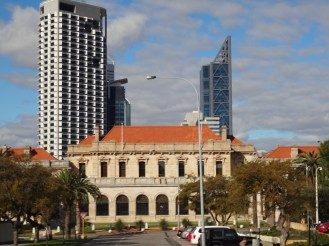 Govenment House with the CBD in the background.