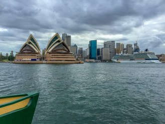 Crossing the habour into Circular Quay