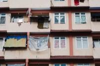 Situasi di salah satu kompleks rumah susun di Batam.