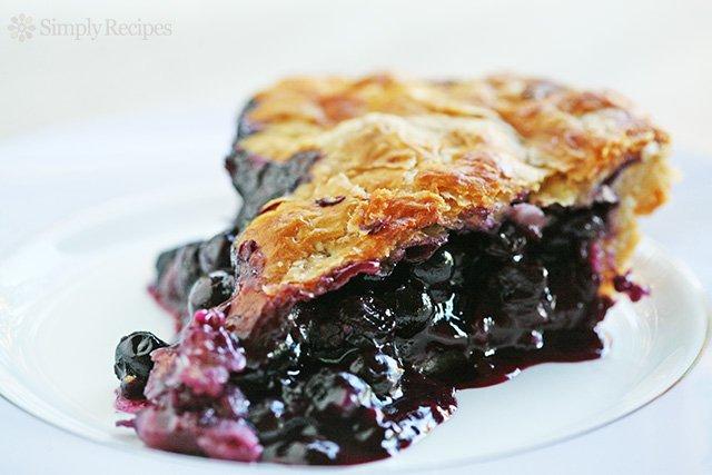 blueberry-pie-horiz-a-640