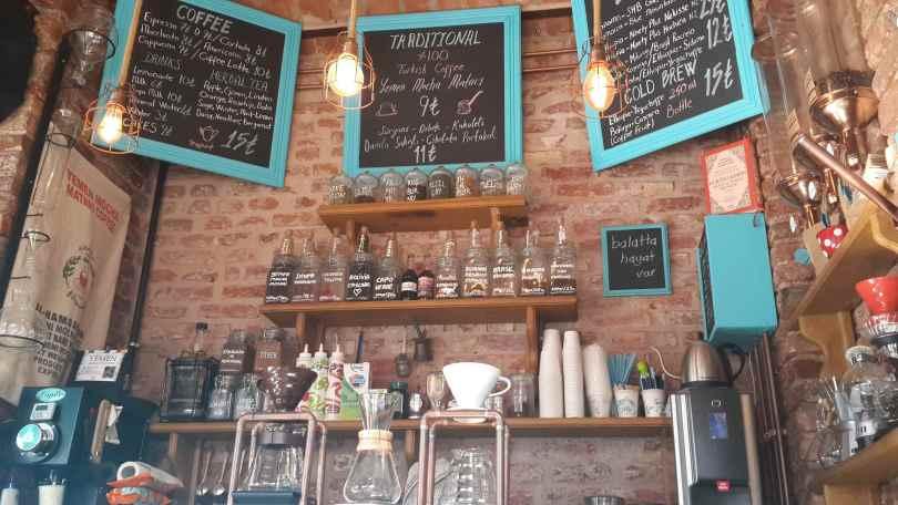 yesempatik-cumbali-kahve-fener-balat-ayvansaray-kahveci