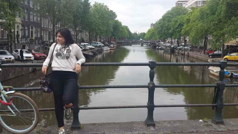yesempatik-amsterdam-gezi-rehberi-seyahat-gezgin-kanal-bisiklet2
