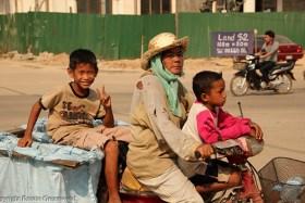 Foto Der Woche – Müllsammler In Siem Reap