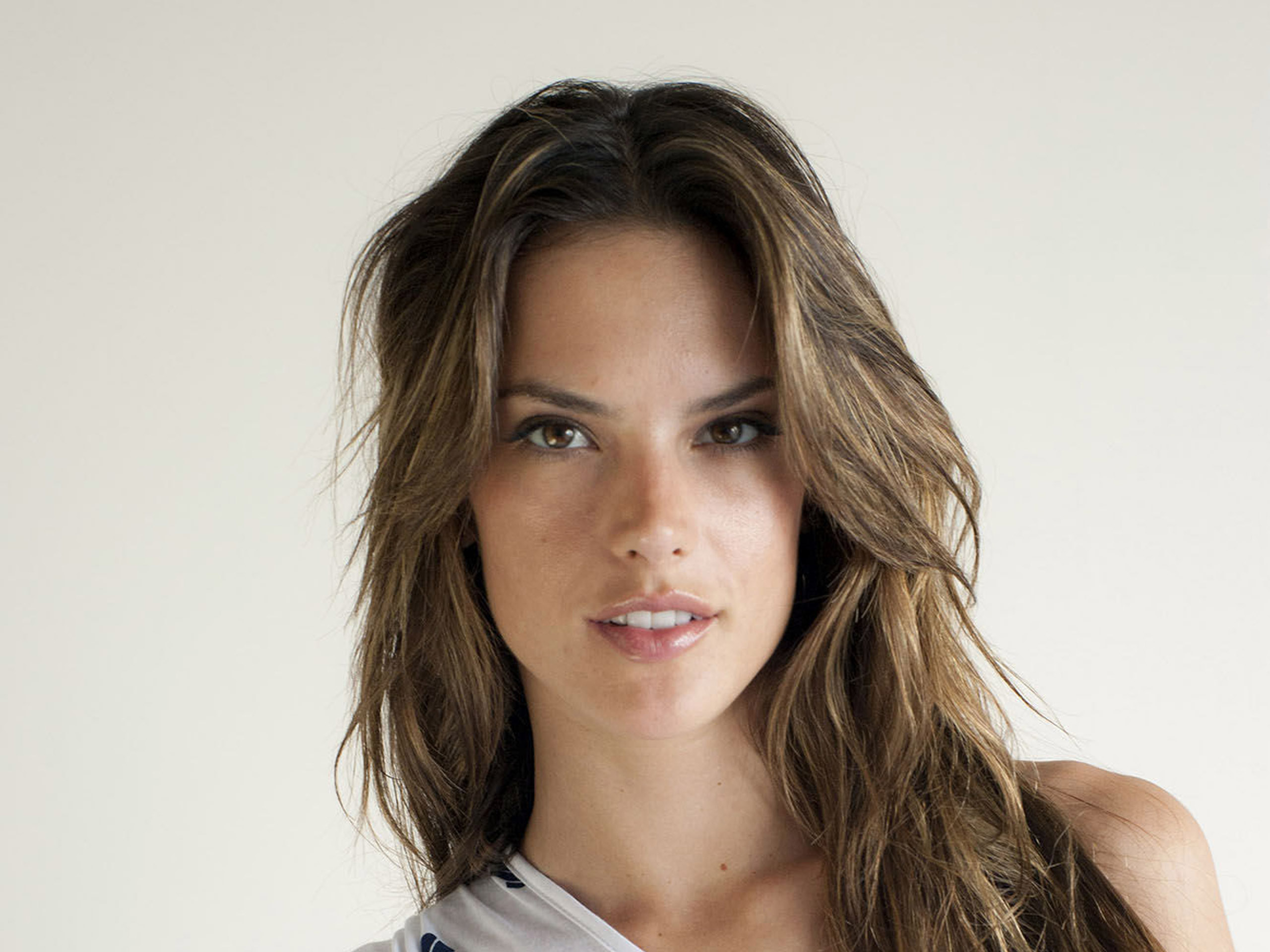 Alessandra Ambrosio Wallpapers High Quality Download Free