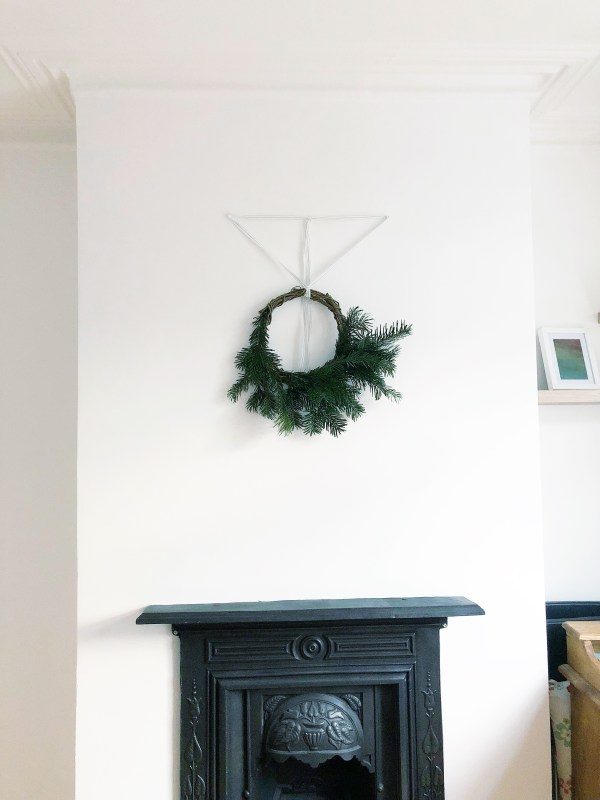 Yes Starling   January Wreath