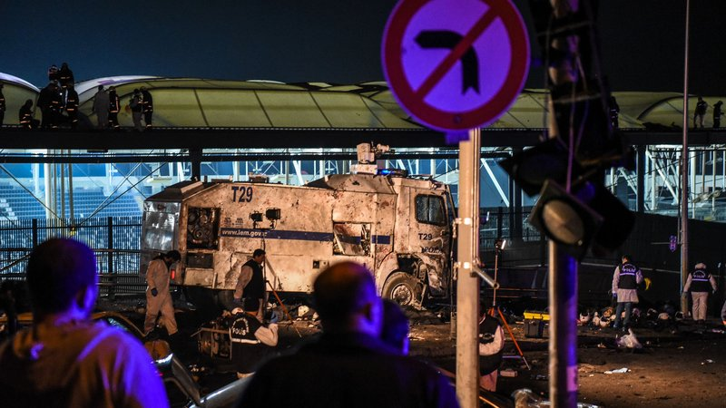 38 killed, 166 injured in Istanbul bombings