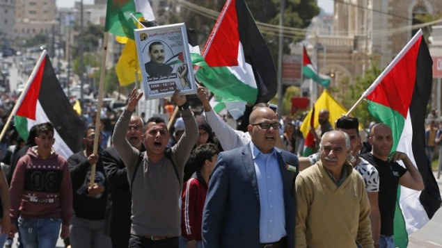 Number of Palestinian prisoners quitting hunger strike hits 186