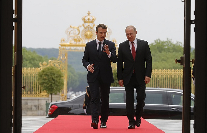 Macron says France seeks to bring Russia and US closer