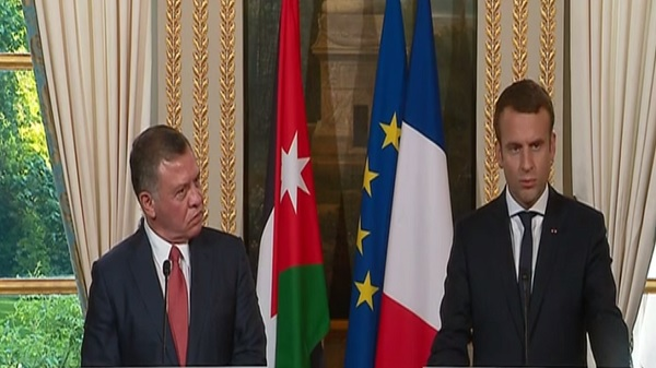 "Macron: ""Israeli settlement threatens two-state solution"""