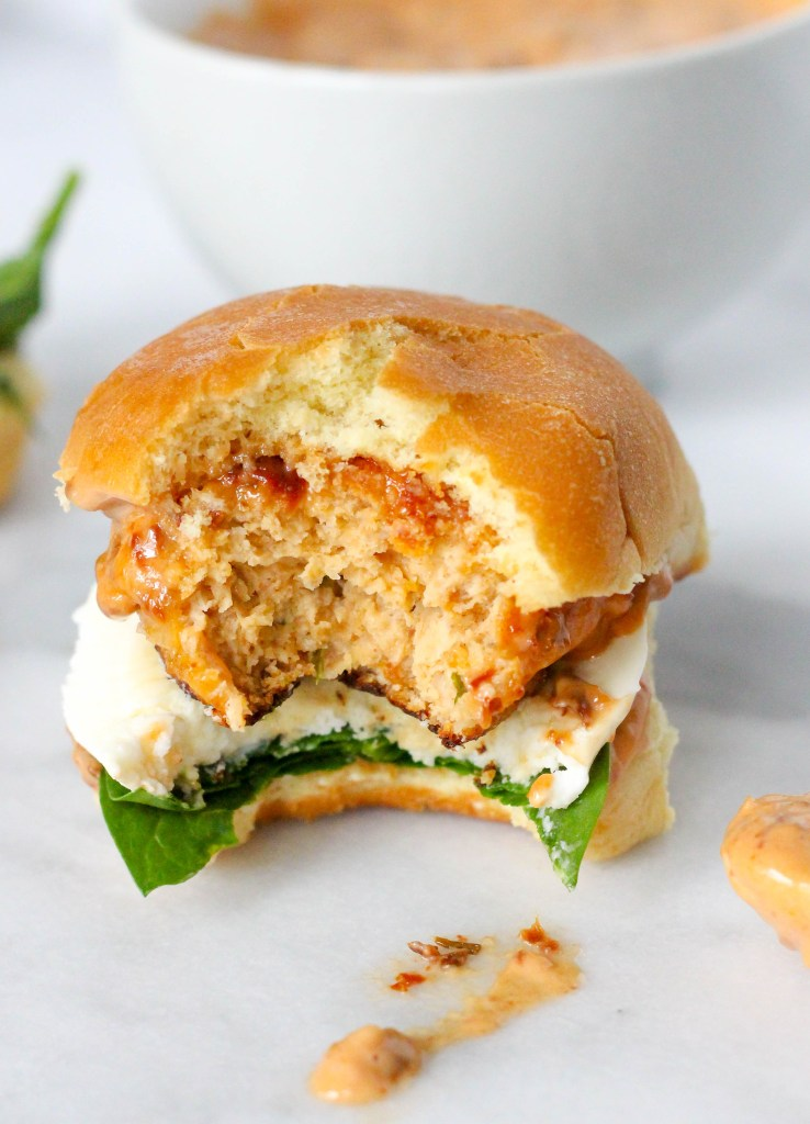 Chicken Meatball Sliders with Sundried Tomato Aioli - the perfect Super Bowl slider! | @yestoyolks.com