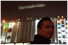 Yodobashi Akiba : tmpt habeskan nafsu.